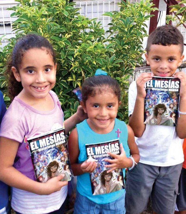 Karibien barn med manga